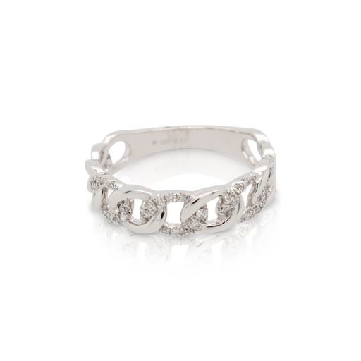 This diamond ring by Rafael is crafted from 14k white gold and features 0.16 total carats of diamonds.