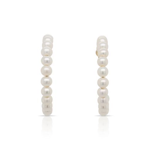 This pair of pearl hoop earrings by Rafael is crafted from 14k yellow gold and features 36 white pearls.